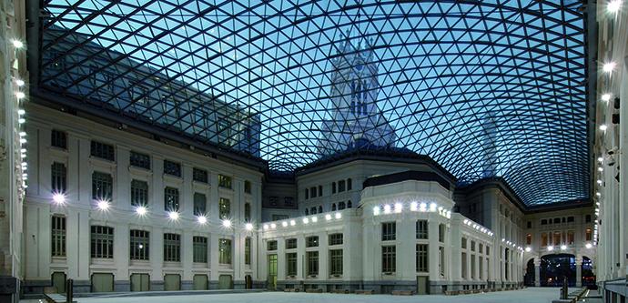 En  la Galería de Cristal del Palacio de Cibeles se proyectarán películas legendarias.