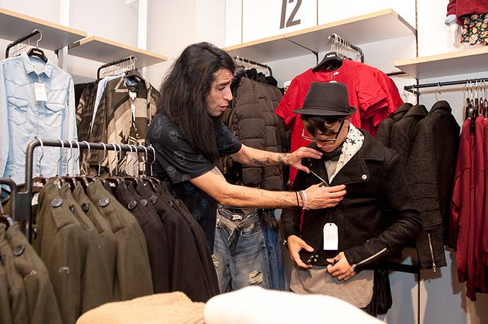 "Una tarde de shopping con Mario ""Vaguadizo"""
