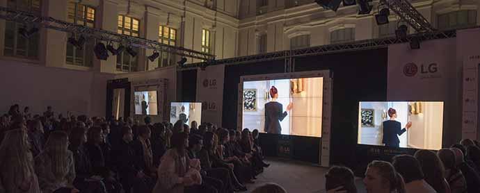 LG crea el primer show de moda virtual