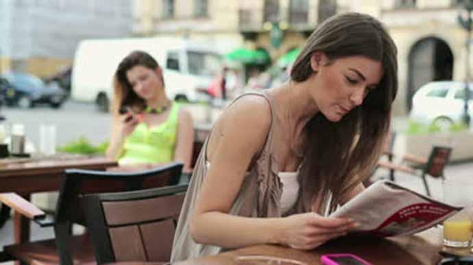 Los internautas prefieren las revistas en papel