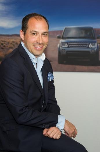 Oscar_Oñate_Jaguar_Land_Rover_2