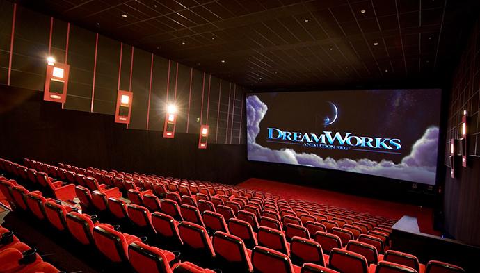 Las salas de cine españolas cierran su ciclo de digitalización