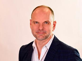 Peter Mears, global COO de Initiative