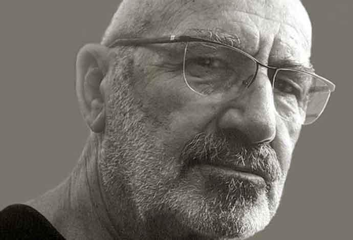 Muere Carlos Rolando