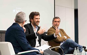 Iban Solé y Álex López durante el encuentro organizado por Foxize School.