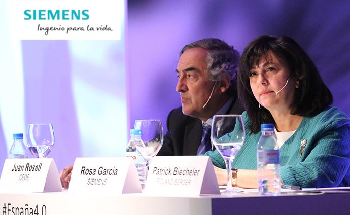 Juan Rosell (CEOE) con Rosa García, presidenta de Siemens.