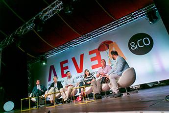 AEVEA&CO-agencias-eventos-mesa-redonda