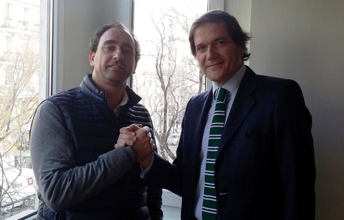 Juan Ramas, CEO de La Caseta, a la izquierda, y Fernando de la Hoz gerente de Napau Sports.