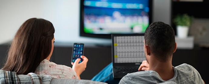 consumo-simultaneo-Internet-TV