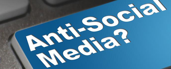 CEOS-anti-redes-sociales