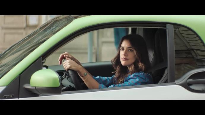 Creatividad-Smart-Electric-Mercedes-Benz-Contrapunto-BBDO