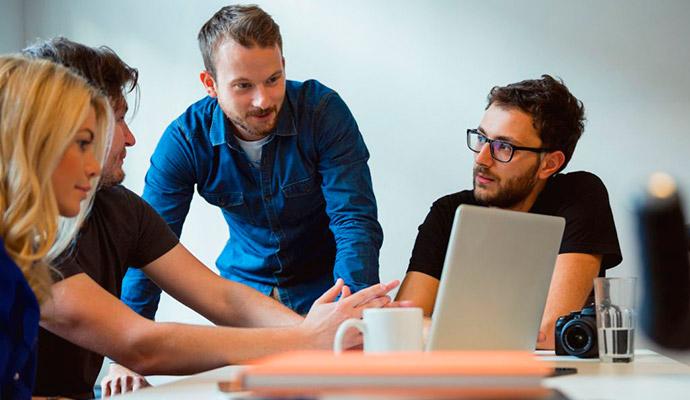 social-media-lanzar-negocios-emprendedores