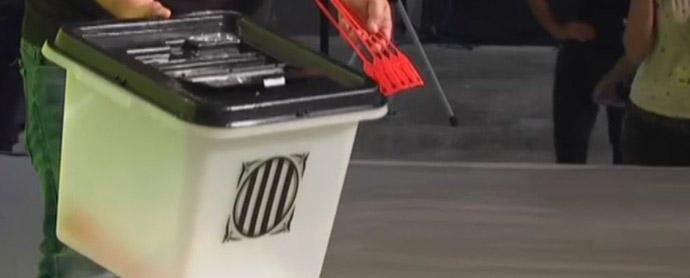 social-media-referendum-ilegal-cataluña-urnas