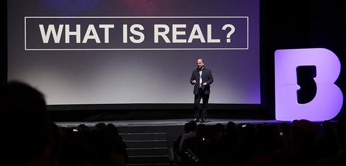 """Steven J. Posner: """"La realidad virtual es un secuestro neuronal"""""""
