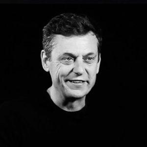 Javier Creus, fundador de Ideas for Change y Pentagrowth y profesor de Foxize publica artículos sobre desarrollo de negocio en IPMARK.