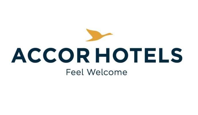 Logotipo de AccorHotels, grupo hotelero que adjudicado su cuenta de medios en España a la agencia Ymedia Vizeum.