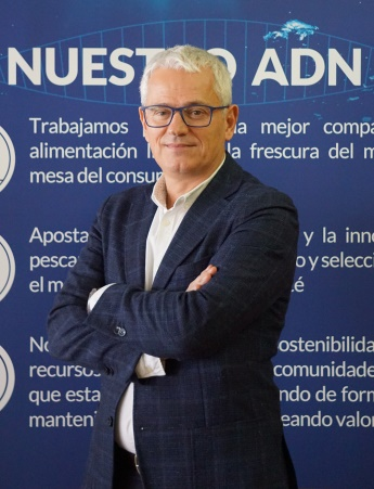 Retrato de Juan Viñas Orta, director corporativo de marketing de Grupo Nueva Pescanova.