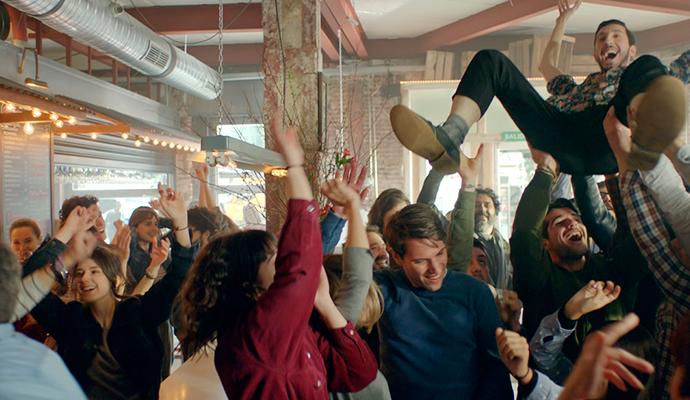 Coca-Cola lanza nueva campaña de apoyo a la hostelería