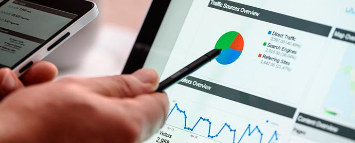Artículo de Manuel Bruscas, experto en Analytics, sobre los modelos de atribución aplicados a las campañas publicitarioas.
