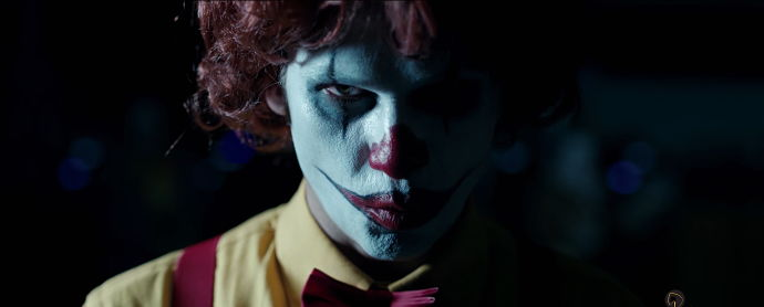 Fotograma de la campaña 'Scary Clown Night', de LOLA MullenLowe España para Burger King.