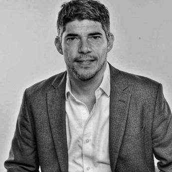 Máximo Lorenzo sustituye a Suso en la cúpula de Grey España