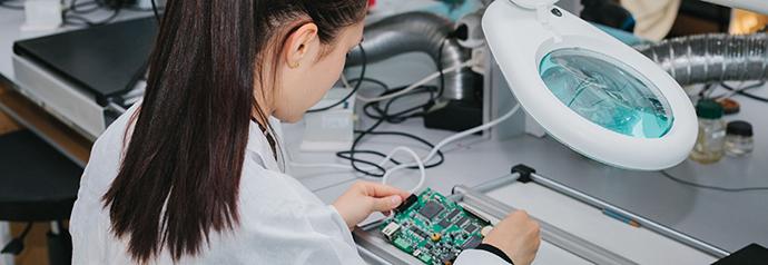 El estudio, que ha sido encargado por la Comisión Europea, revela que en el año 2020 habrá una demanda de 500.000 empleos sin cubrir en el sector tecnológico.