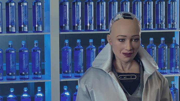 La última campaña de Cabreiroá está protagonizada por la robot humanoide más avanzada del mundo, Sophie.