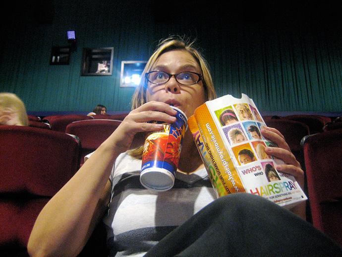 Cine vs. televisión bajo demanda. En España atrae la gran pantalla