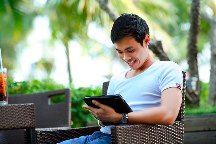 Un hombre 'geek' de mediana edad: así es el comprador digital en España