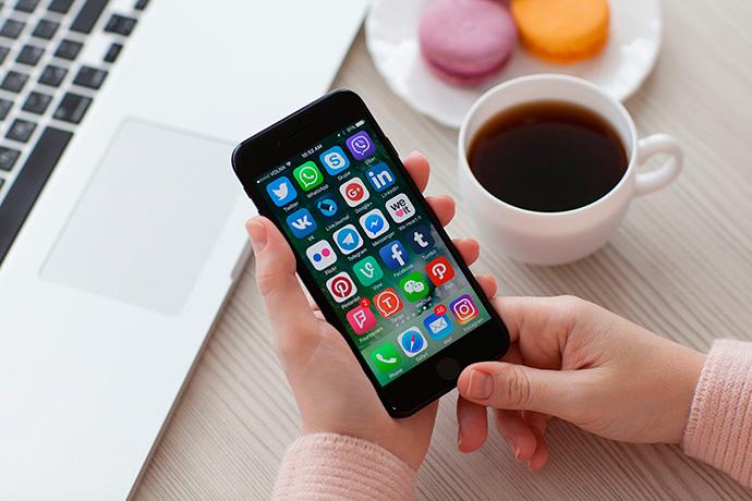 Según el último estudio de Carat, las compras se volverán más sociales