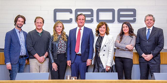 Foto de grupo de los ponentes y participantes en el II Foro de Branding.