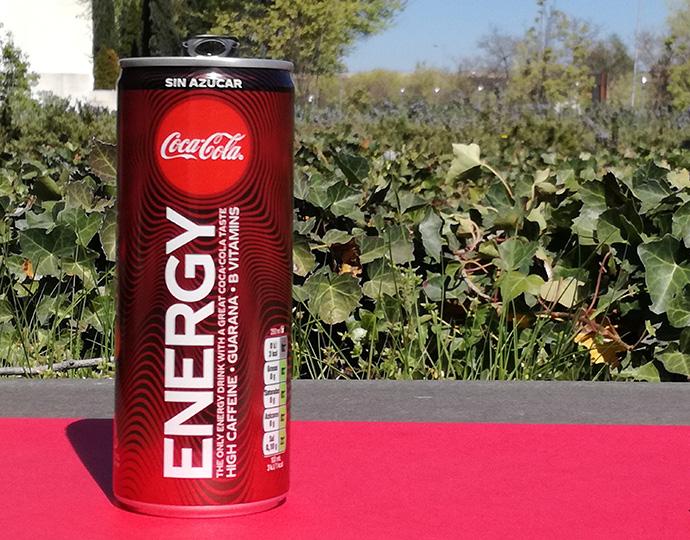 Coca-Cola lanza su primera bebida energética sin taurina