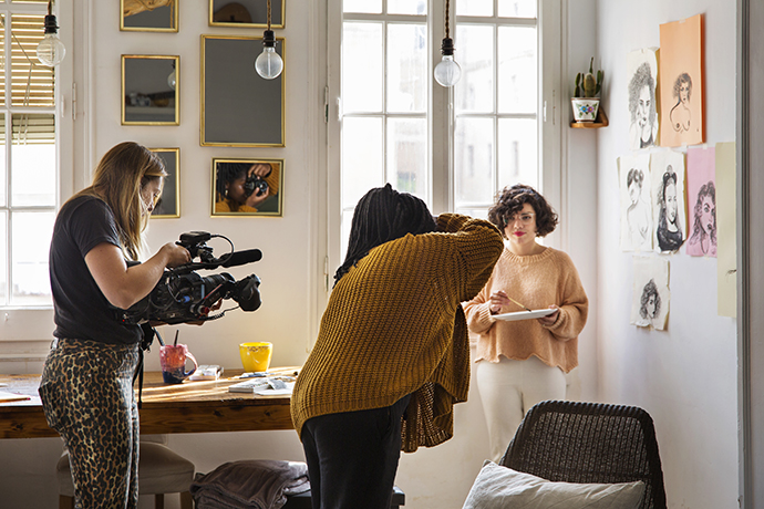 La fotógrafa feminista Sol Bela, que vive en Barcelona, retrata a Débora.