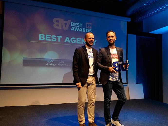 Juan García Escudero, director general creativo de Leo Burnett, (a la derecha), recogió el premio Great Agency.