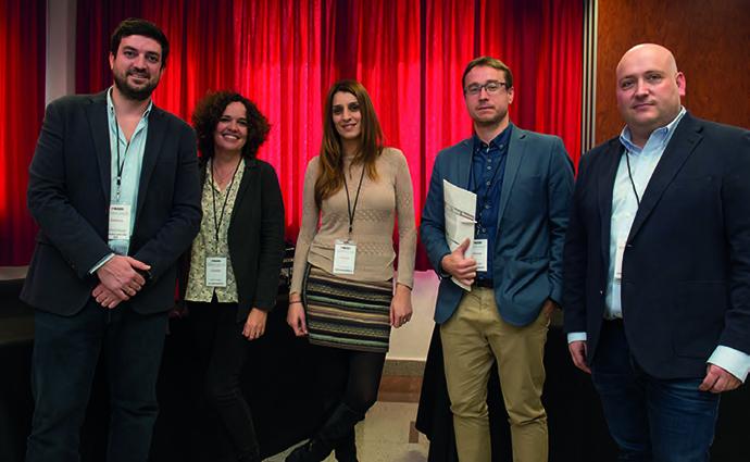 Xavier Papiol y Lucía Gugliotta, responsable de comunicación y medios de Conforama, acompañados por varios de los invitados al Reservado al Anunciante de IPMARK.