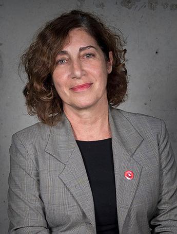 Ana Zelich.