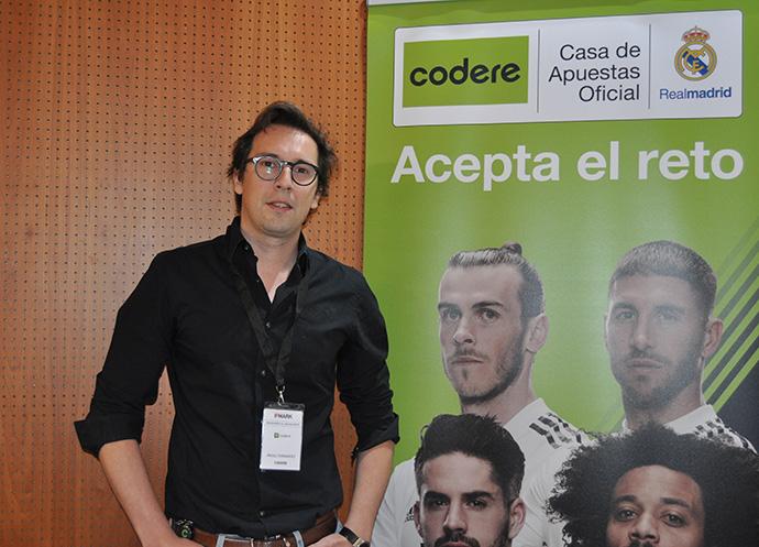 el director de marketing de la compañía, Ángel Fernández