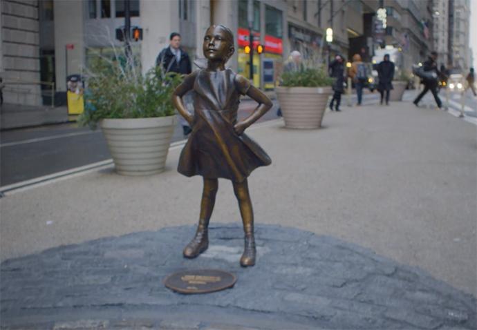 'Fearless Girl' de McCann New York para State Street Global.