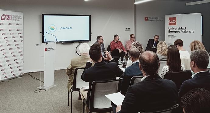 Seminario La tienda del futuro, organizado por la Asociación de Marketing de España, la agencia Casanova y la Universidad Europea de Valencia