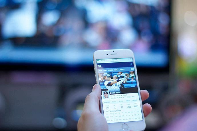 Los usuarios de Netflix o HBO, los más propensos a la segunda pantalla