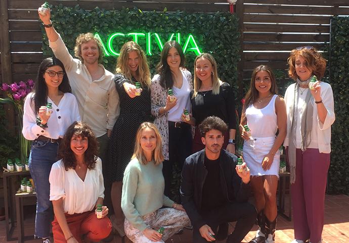 Activia presenta su nuevo shot con probióticos junto a 10 influencers