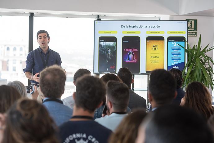 Julio Simal, sales director de Snapchat.