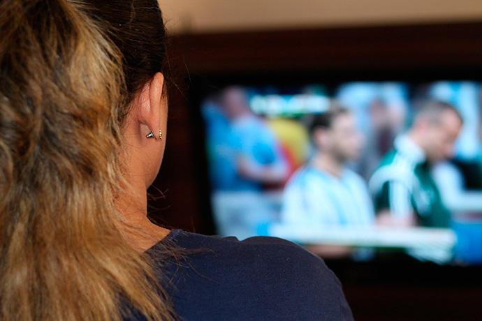 La penetración de los medios tradicionales se mantiene debido al consumo online