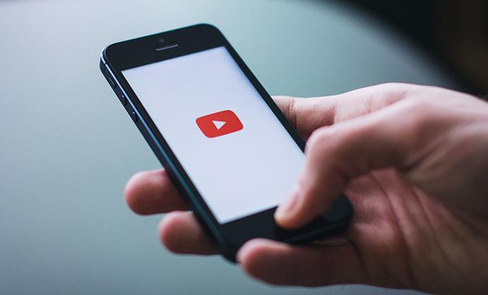 La solución Digital Ad Rating permite informar sobre las métricas de audiencia de las campañas que se ejecutan en todas las pantallas.