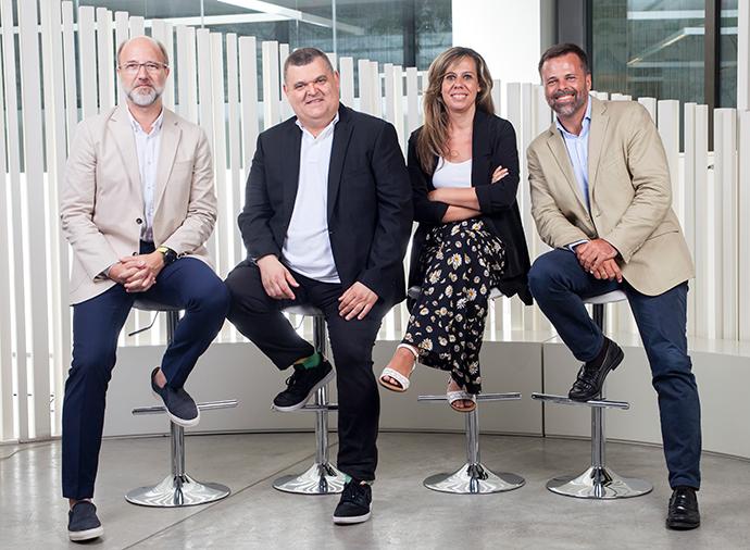 De izquierda a derecha Jordi Urbea, Alfonso Marián, Marta Gutiérrez y Luis Riva.