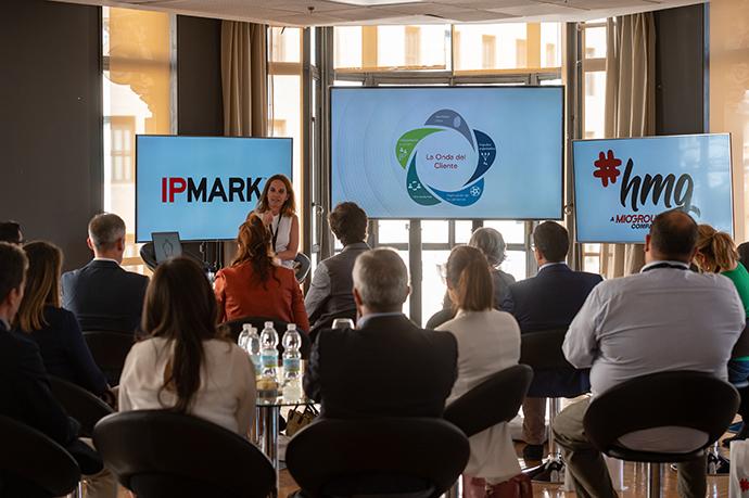 Patricia Jiménez, marketing, customer centricity & communication director Iberia de Metlife y vicepresidenta de la Asociación para el Desarrollo de la Experiencia de Cliente (DEC).