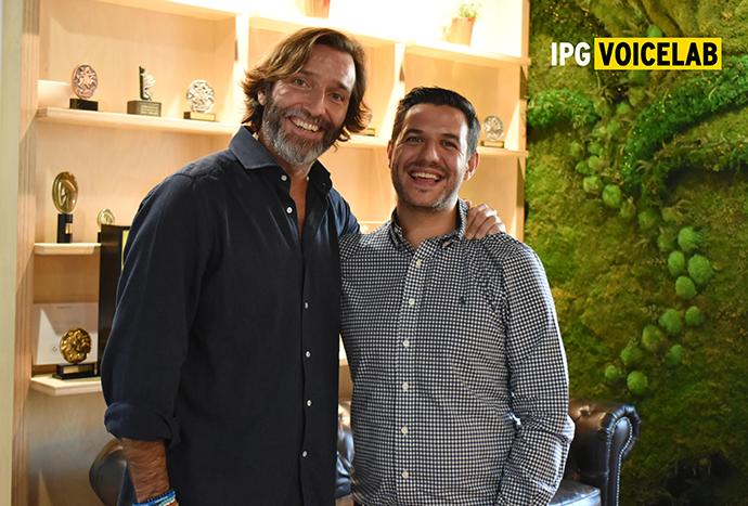 Alfonso García Valenzuela, chief innovation officer de IPG Mediabrands, y Roberto Carreras, CEO de Voikers.