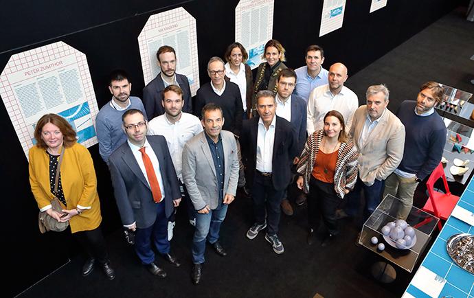 Foto de grupo de los asistentes al coloquio de Agencias Independientes organizado por IPMARK en Barcelona.