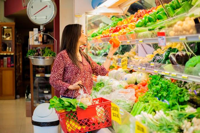 Gran Consumo crece un 2,7% gracias a una cesta de la compra más cara