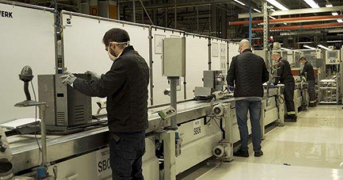 SEAT producirá hasta 300 respiradores de emergencia al día en la línea de montaje del SEAT León.